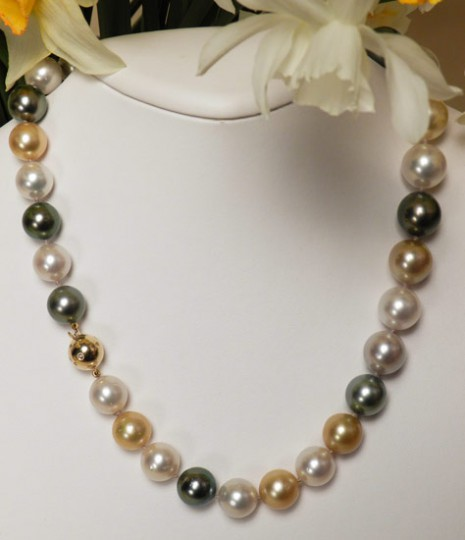 201307121505340.pearl-necklace-55-2389-full