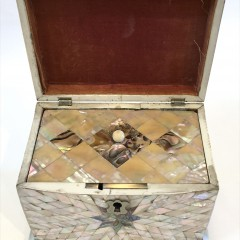 Fine Mother of Pearl Inlaid Tea Caddy