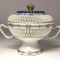 18th Century Chinese Export Porcelain Pierced Chestnut Basket