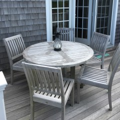 Set of Five Gloster Tea Chairs and Round Gloster Teak Breakfast Table