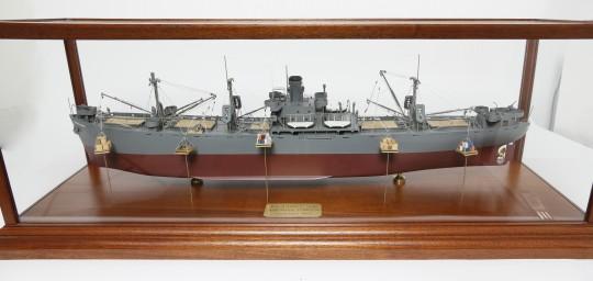 9-4335 Ship Model 7_8206 2