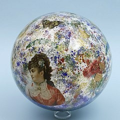 """Decalomania Glass Sphere or """"Wish Ball"""", 19th Century"""