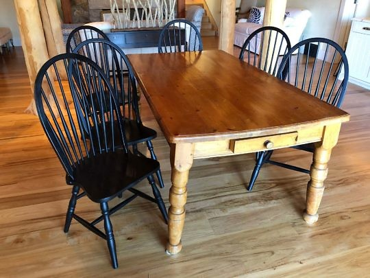 103-4803 Pine Dining Table IMG_1189