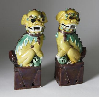 128-4900 Pair Asian Porcelain Foo Dogs A_9805