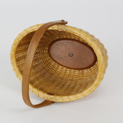 Finely Woven Contemporary Nantucket Oval Swing Handle Basket