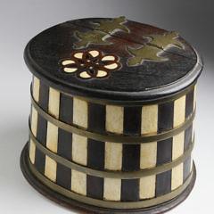 65-4823 Whalebone and Wood Salt Box A_MG_0063 2