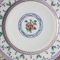 Set of Twelve Limoges Pompadour Porcelain Luncheon Plates, 19th c.