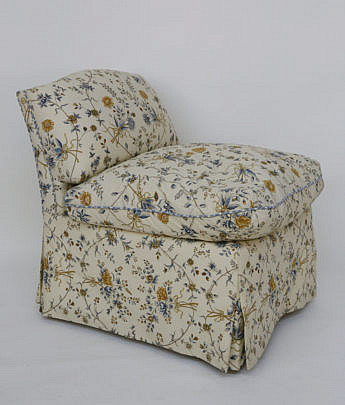 27-4890 Floral Upholstered Slipper Chair A_MG_2842