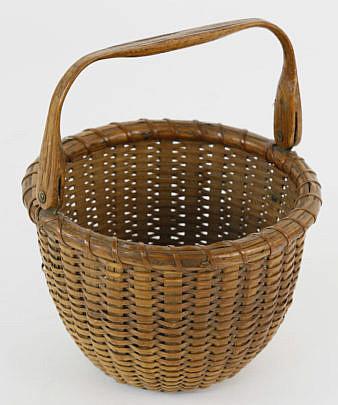 2352-955 Finely Woven Nantucket Swing Handle Basket A_MG_3829