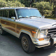 Wagonmaster 1989 Jeep Grand Wagoneer