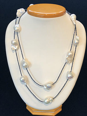 40852-101 baroque freshwater pearl necklace on spinel strand A IMG_4047