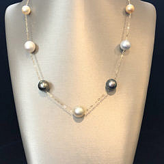 41272-101 white gold and tahitian grey pearl tin cup necklace A IMG_4093