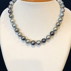 41279-101 Tahitian Pearl Necklace A IMG_4054