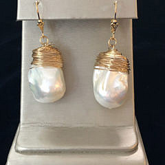 41313-101 baroque pearl and wire earrings IMG_4031