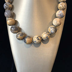41363 Chalcedony Bead Necklace A IMG_4480