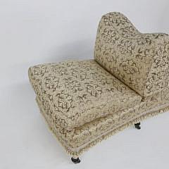 Scalamandré Finely Upholstered Dos-à-Dos