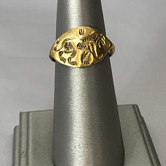 21-4847 Lion Engraved Gold Ring A IMG_5204