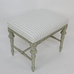 103-4935 Louis XIV Style Upholstered Stool A_MG_7689
