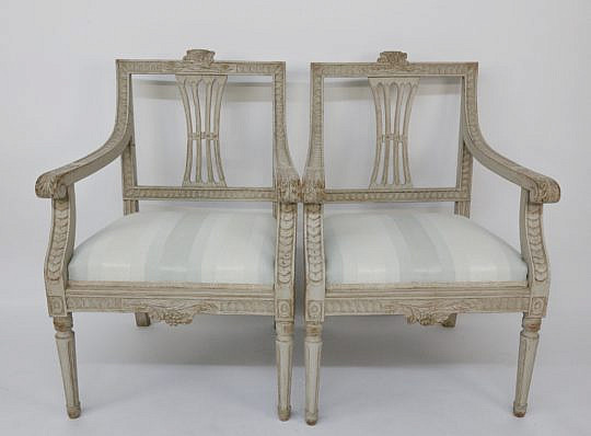 108-4935 Pair of Swedish Louis XVI 19th c. Open Armchairs A_MG_7704