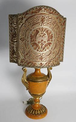 112-4935 Urn Lamp A_MG_7875