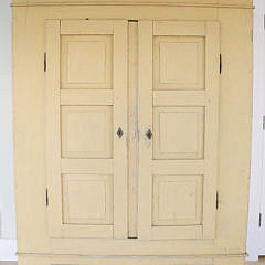 37-4935 Yellow Painted Cupboard A_MG_7320