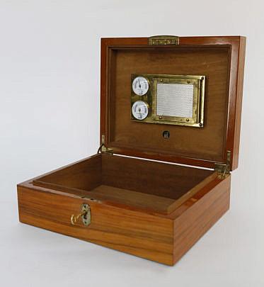 24-4941 Dunhill Humidor Box A_MG_9641