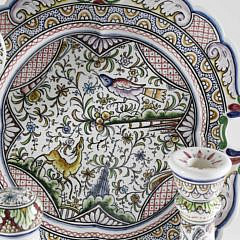 15 Pc Portuguese Hand Painted Ceramic Luncheon Service, 20th Century