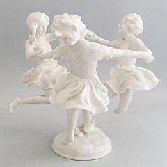 4-4830 German Porcelain Girls A