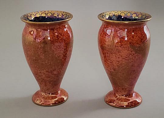 2405-955 Wedgwood Vases A