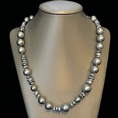 39444 Tahitian Keshi Necklace A IMG_6519
