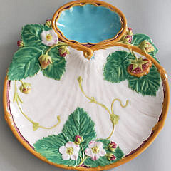 Pair of 19th Century Minton's Hors d'oeuvres Dishes