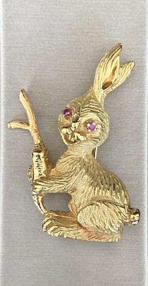 38-4847 18k Gold Rabbit Pin A IMG_6929