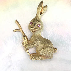 18k Yellow Gold Bunny Rabbit Brooch with Ruby Eyes