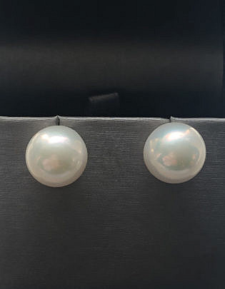 40089 White fresh Water Pearl Earrings A IMG_6662