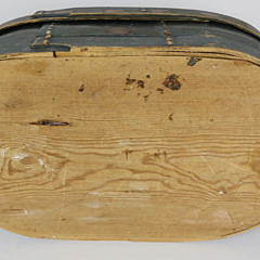 Scandinavian Decorated Oval Band Box, circa 1843