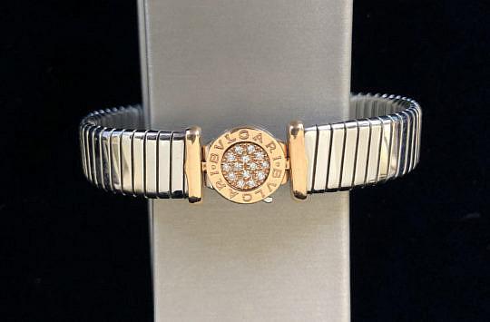 58-4419 Bvlgari Tubogas Diamond Bracelet A IMG_6898