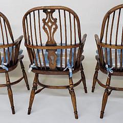 Eight English Elm Splat Back Windsor Dining Chairs