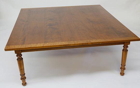 90-4901 Sheraton Coffee Table A_MG_1744