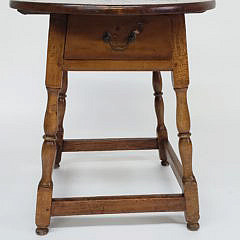 18th Century American Oval Tavern Table