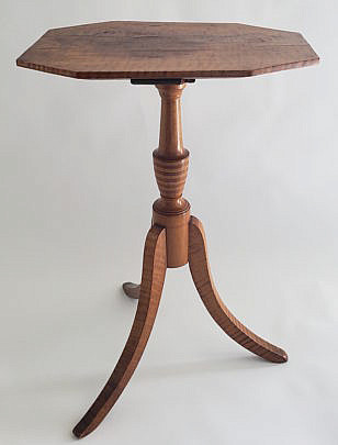 2424-955 Tiger Maple Candle Stand A