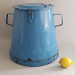26-2674 French Enameled Steamer A
