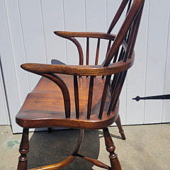 Set of Six English Elm Bow Back Windsor Dining Chairs