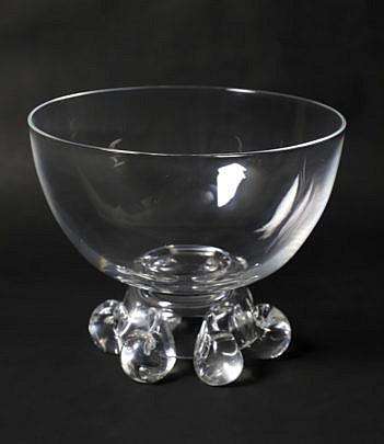 642-1865 Steuben Centerpiece Bowl A_2832
