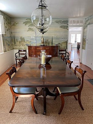 1-5037 Dining Table and Chairs A